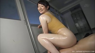 Oiling Nikaidou Yuri after tasting her tiny butthole